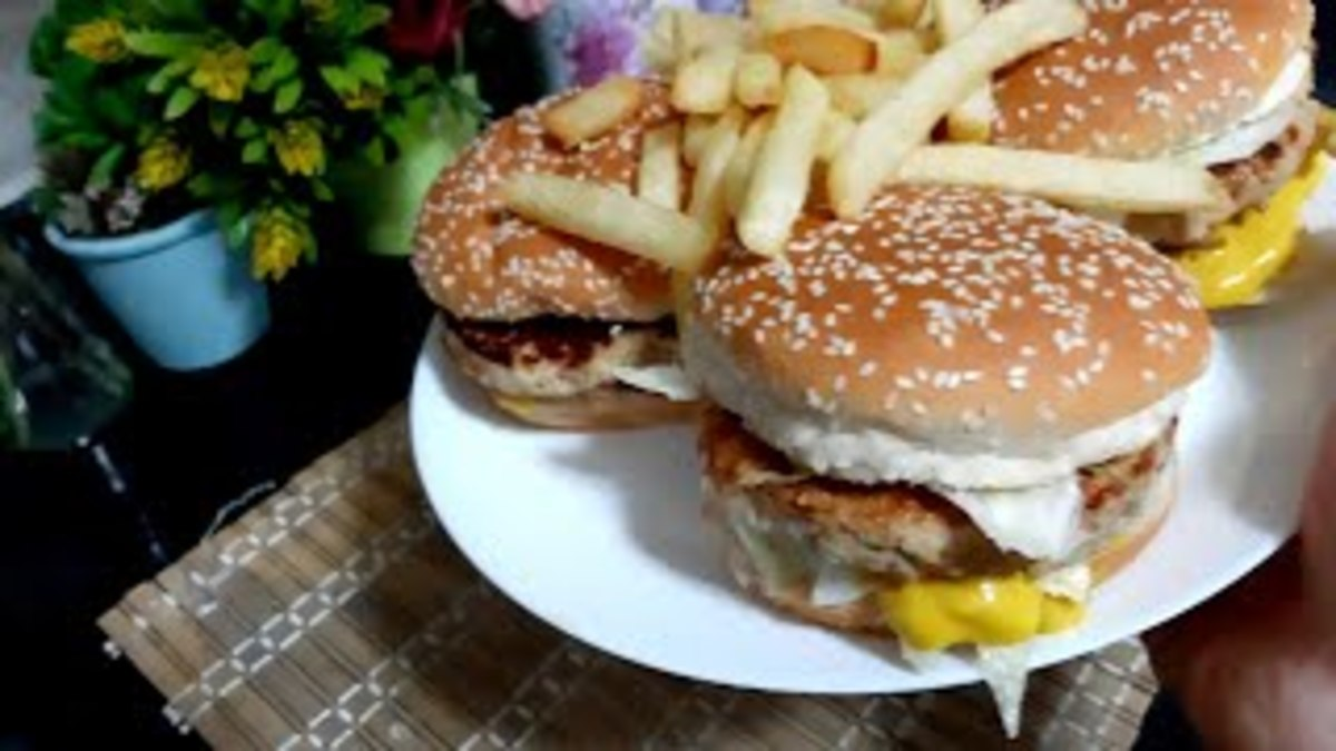 How to Make Chicken Burger, in an Easy Way