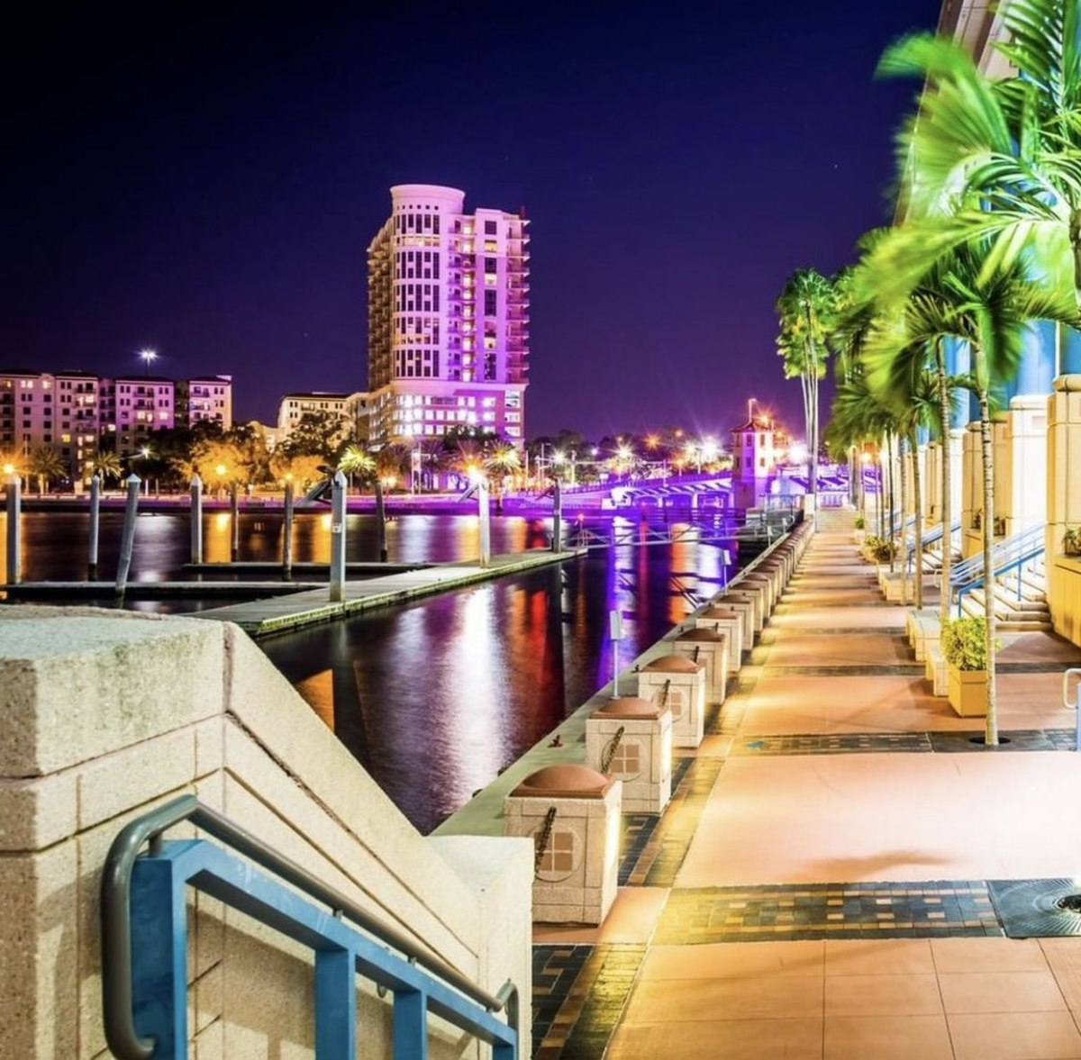 The Tampa Riverwalk near the mouth of the Hillsborough River, not far from the Tampa Convention Center.