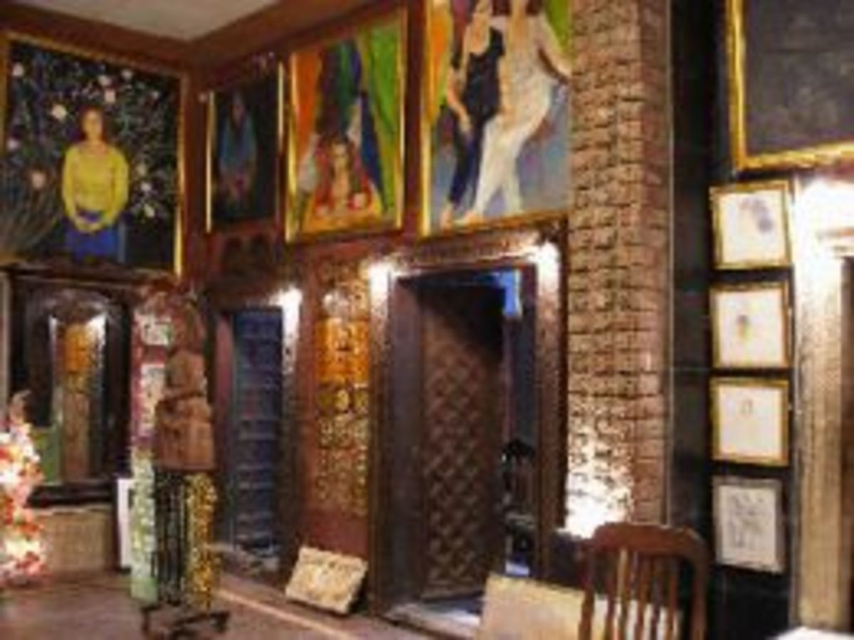Inside the Haveli with it's Paintings