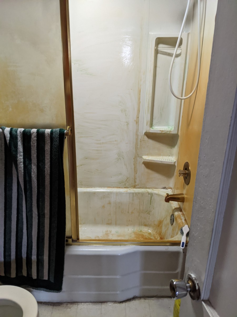 rustaid-rust-stain-remover-bathroom