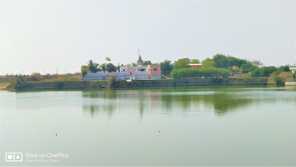 Pancha Pandava temple; Narayana Sarovar