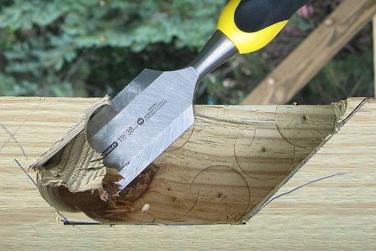 wood chisel via