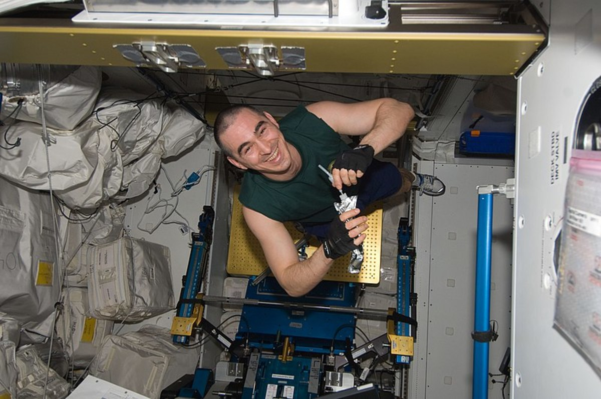 Anatoly Ivanishin, the cosmonaut who came up with the simple yet brilliant solution to find the leak.