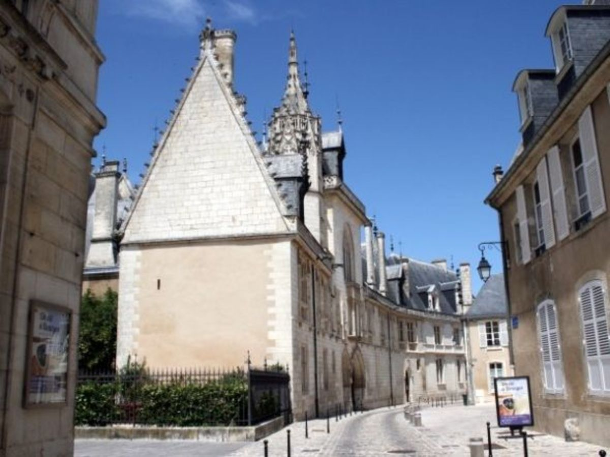 Maison Jacques Coeur—the Magnificent House of a Rich Merchant.