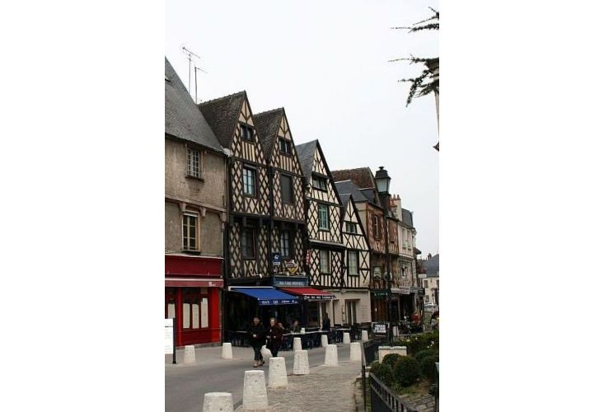 Half timbered buildings.  Few survived a great fire in 1487.