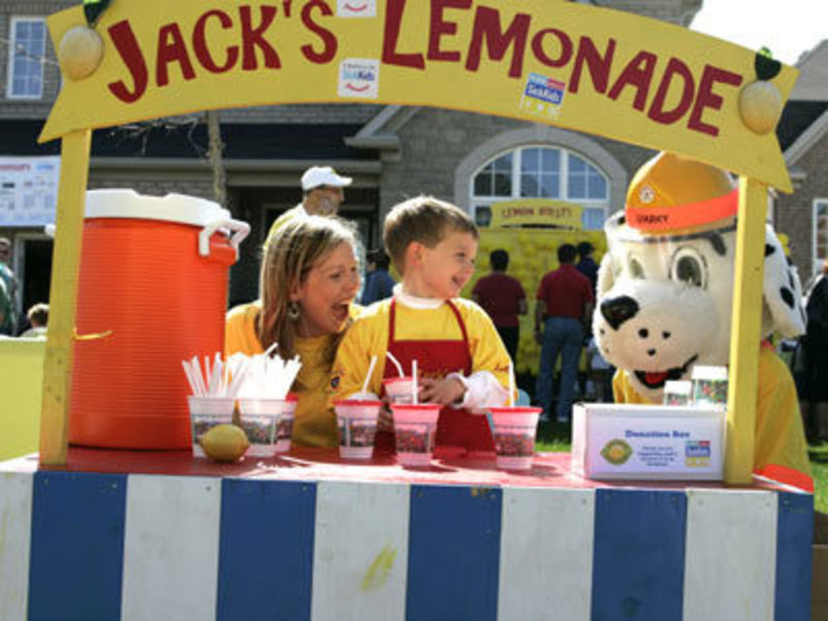 "Despite his medical condition, Jack is determined to turn his lemons into lemonade by holding an annual lemonade stand to help his friends at SickKids,"" said his mom Jodie Yeilding. Read more: http://digitaljournal.com/article/255180#ixzz1bFRZBvOE"