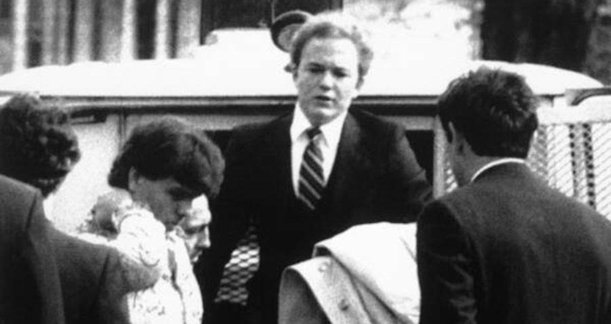Arne Cheyenne Johnson attending court, March 1981
