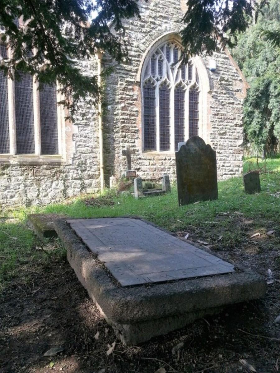 "Grave of John ""Eyebrows"" Thomas"
