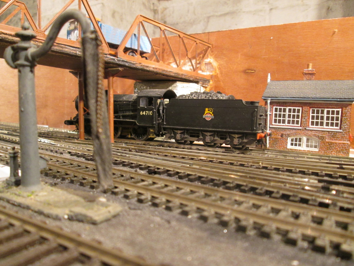 ... As has also this Mike's Models water crane, complete with hose and chain.