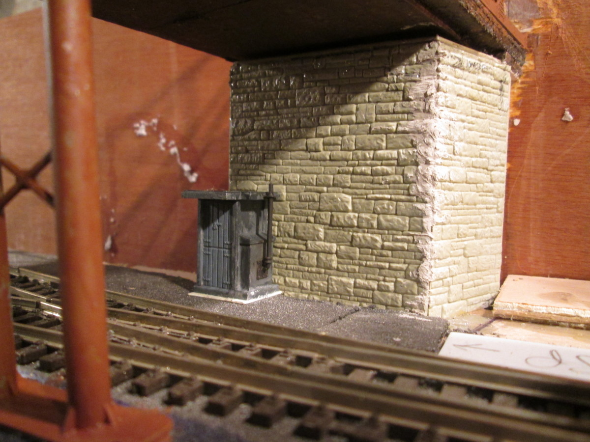Fogman's hut. The signalman at Ainthorpe Junction cabin will need to call the running department for a fogman to attend when needed. He's got his own heater within (note chimney) on cold winter days