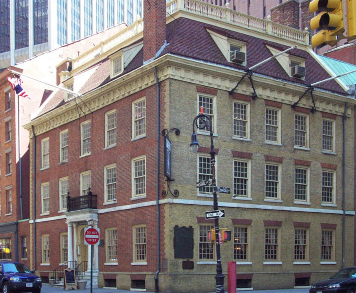 I HAVE HOISTED MANY A PINT AT THE OLDEST TAVERN IN AMERICA: THE FRAUNCES TAVERN IN NEW YORK CITY