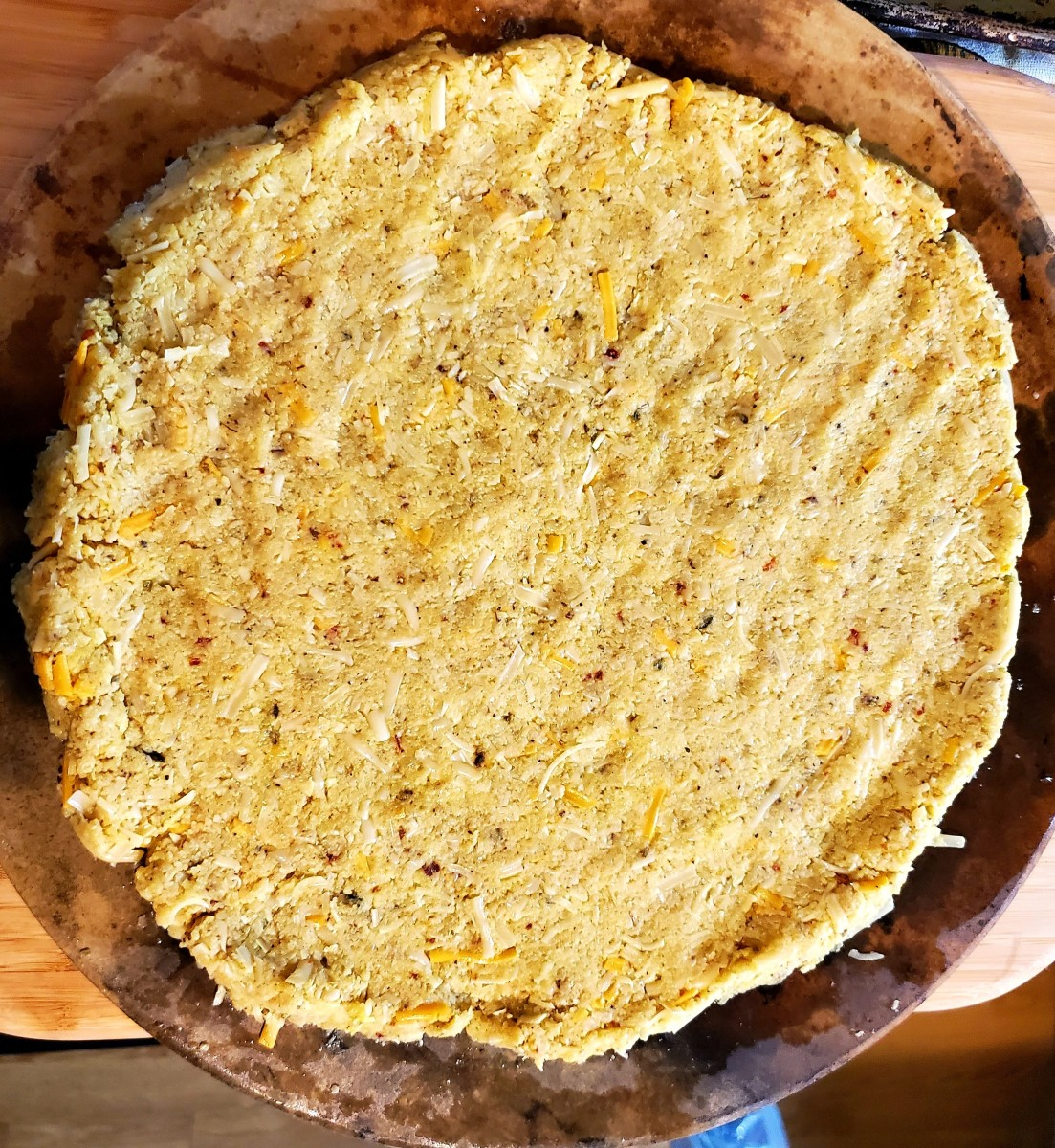 cauliflower-pizza-crust-you-can-actually-pick-up