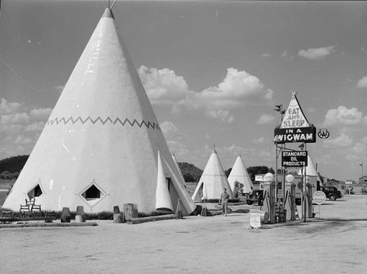 Teepees and totem poles became symbols to motorists of the 1950s and 1960s who drive across America on vacation on the new highway system.