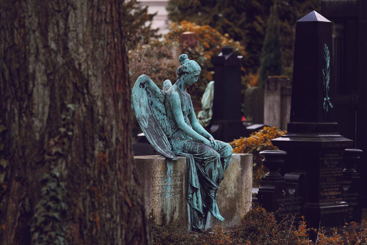 Some consider it folly to visit a cemetery while pregnant.