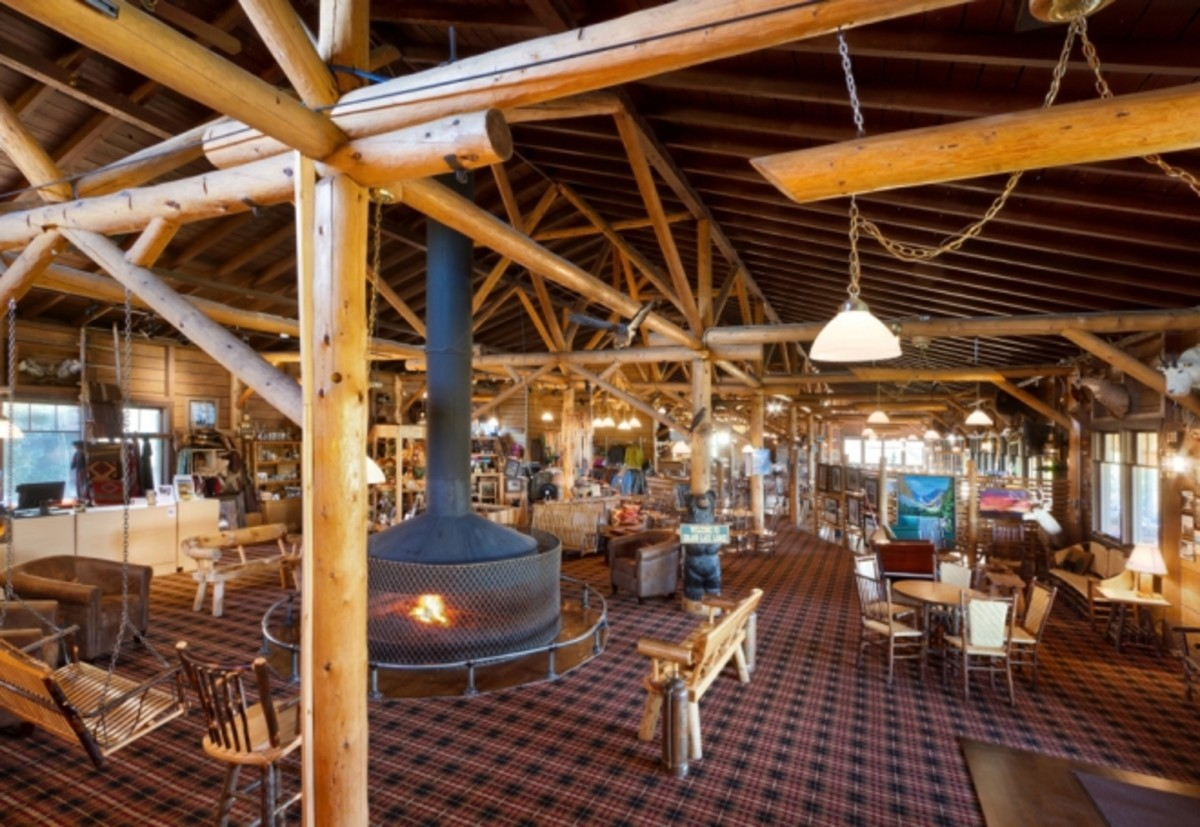 This is the lobby and gift shop with the dining room in the background.  Grand Lake Lodge