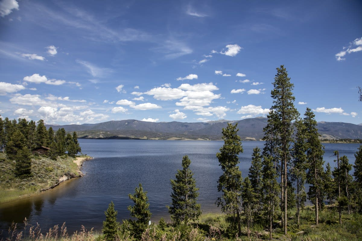 Lake Granby, adjacent to the town of the same name near the southwestern entrance to Rocky Mountain National Park, Colorado