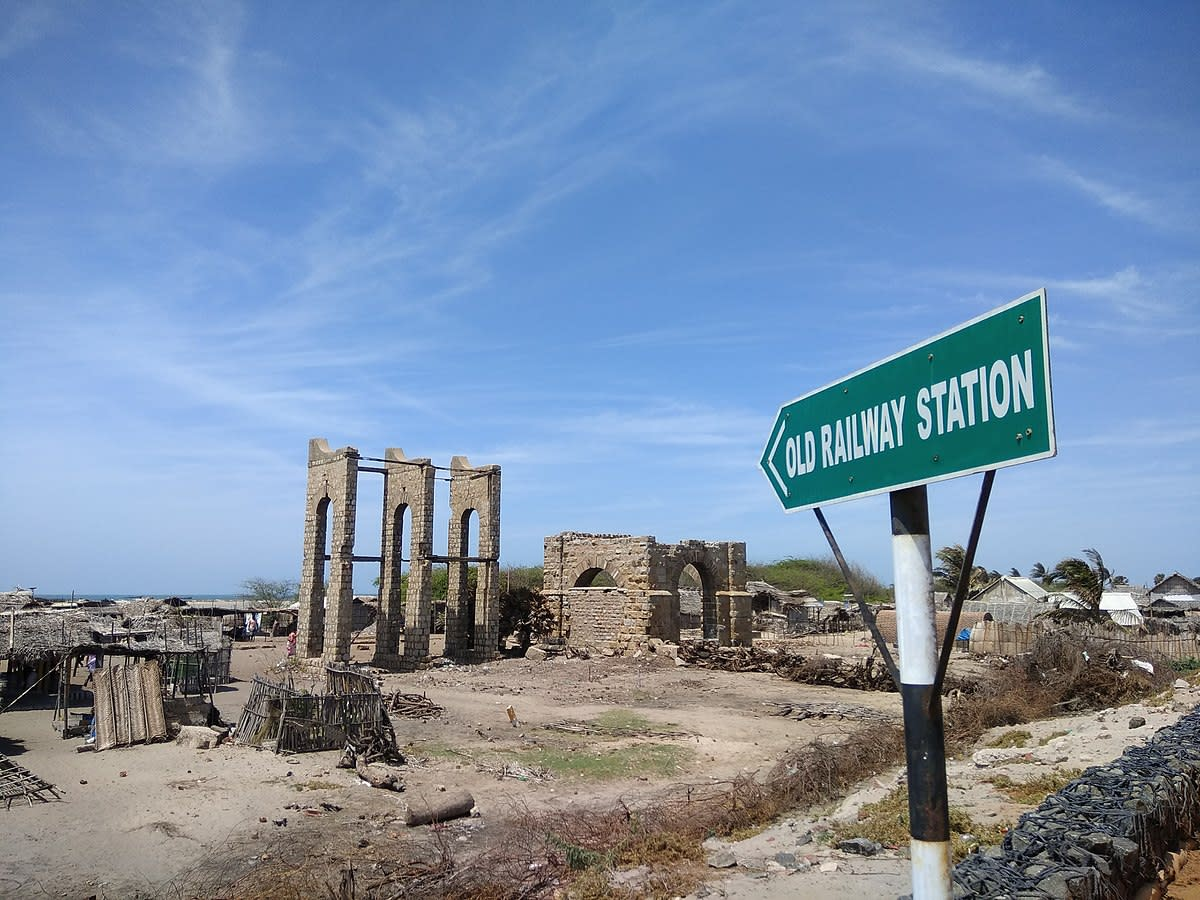 Dhanushkodi was destroyed by a cyclone that took place in 1964. It destroyed everything, and what remains now is a sandy shoreline with ruins dating back to a bygone era