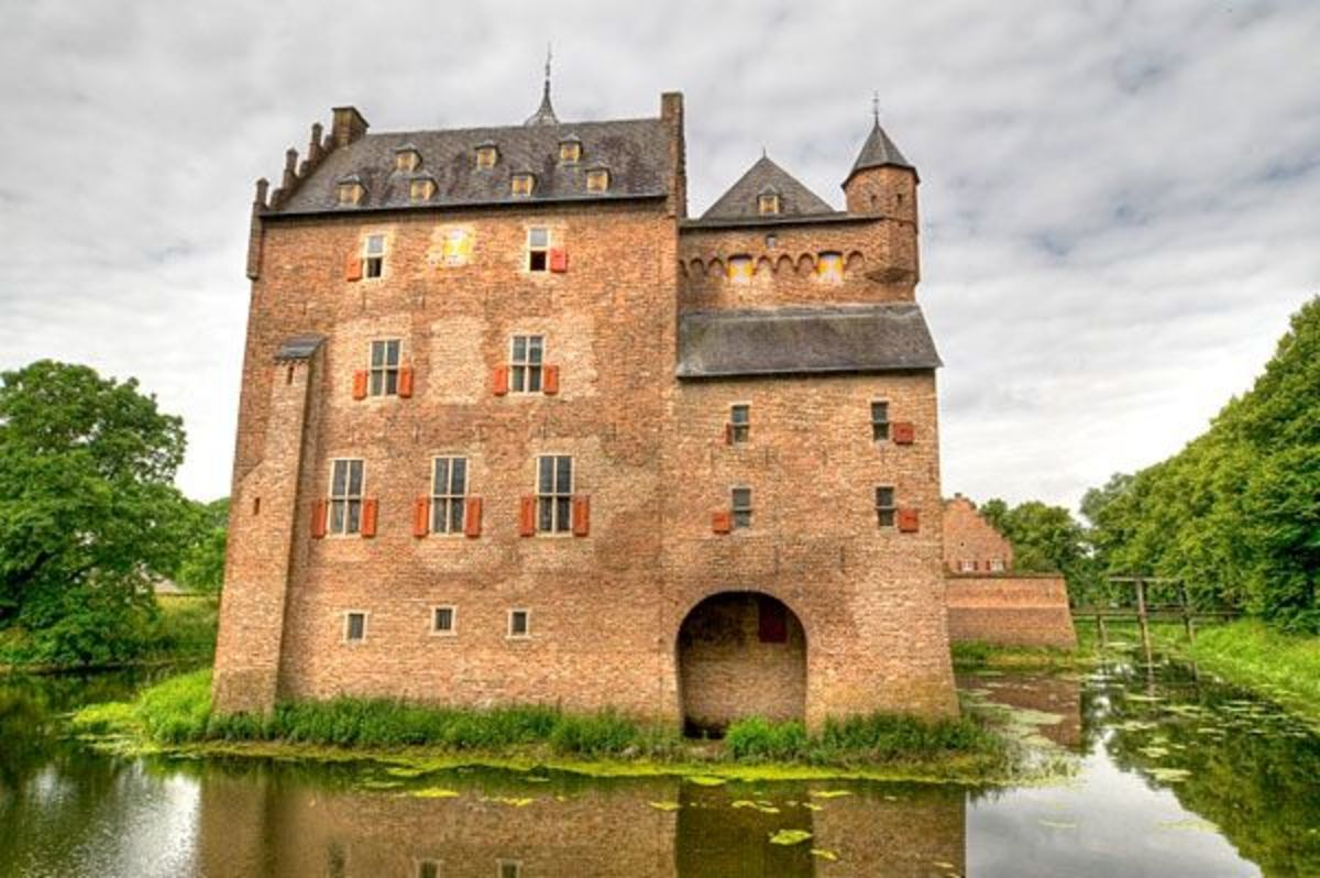 Medieval Doorwerth Castle, located on the Rhine River.