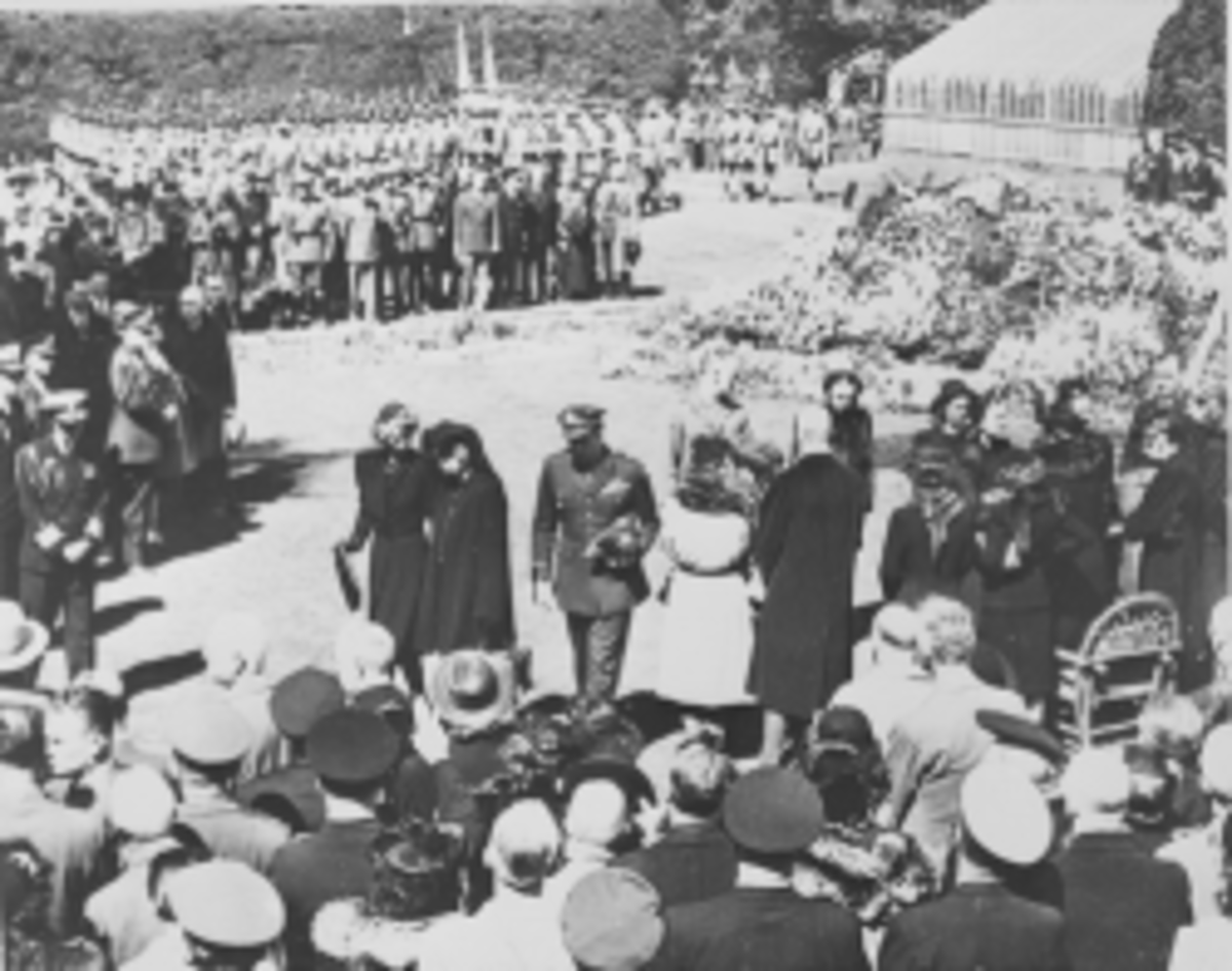 President Harry S. Truman, Eleanor Roosevelt, other members of President Roosevelt's family, and a portion of the crowd at the funeral ceremony for Franklin D. Roosevelt, taken at the burial site in Hyde Park, New York. - 14 April 1945 - U.S. Nationa