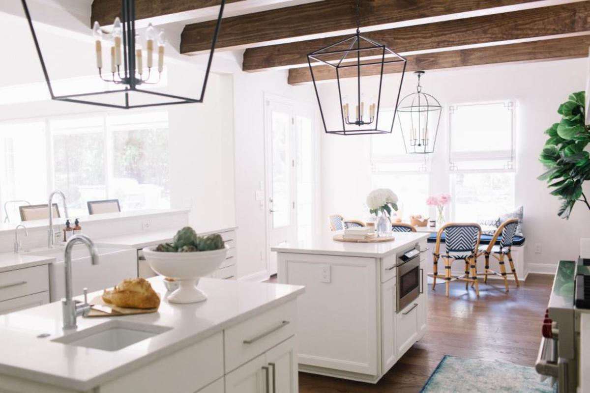 The light fixtures in the kitchen.