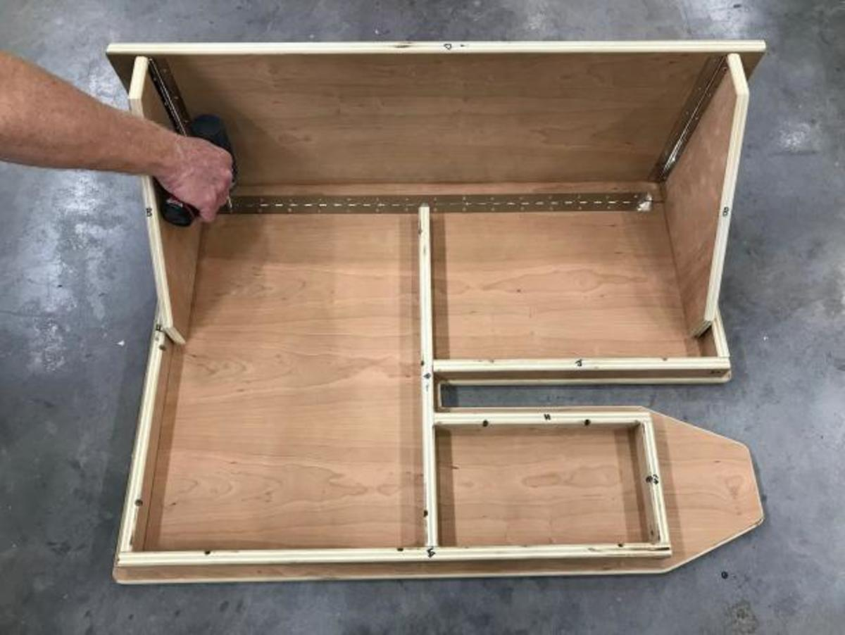 how-to-build-a-wall-mounted-laundry-folding-table