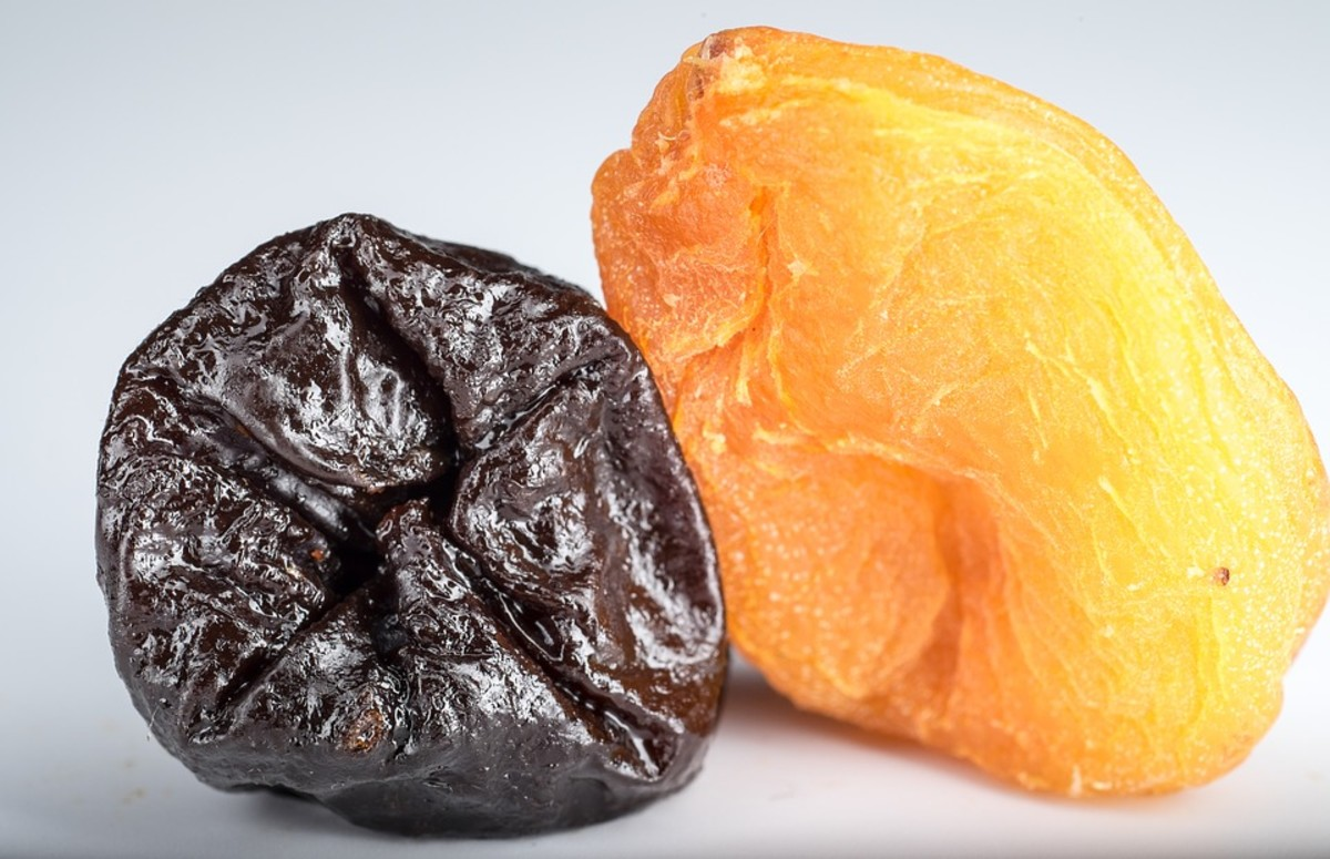 Prune (dried plum) with apricot