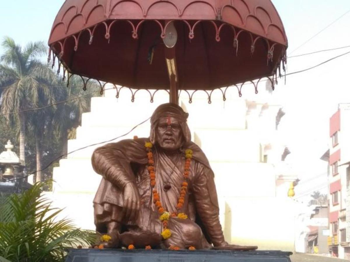 The statue of Saint Gadgebaba Maharaj