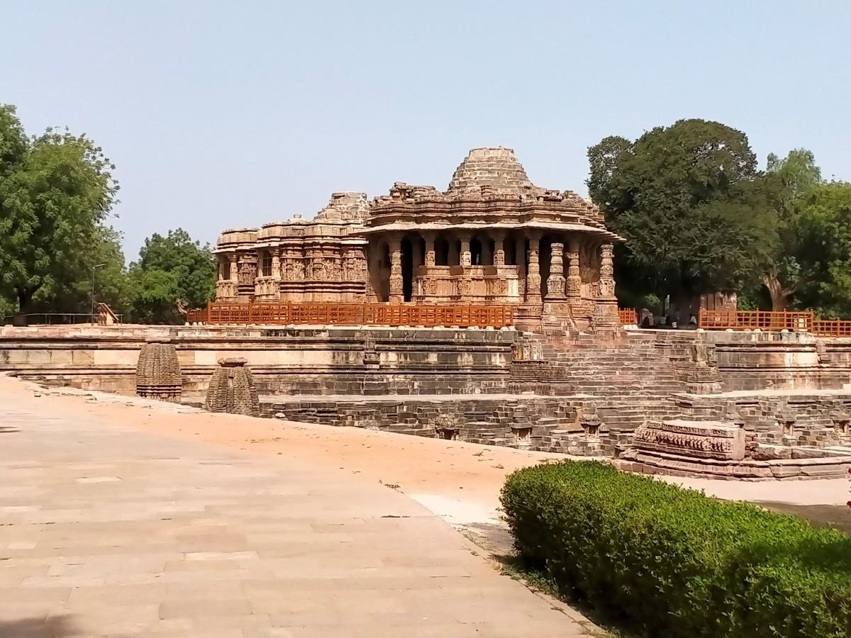 A glimpse of the Sun Temple, Modhera
