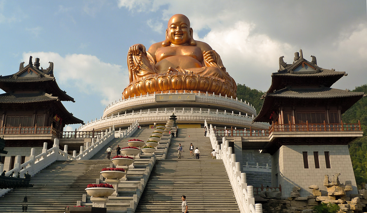 Xuedou Shan, a mountain temple in China