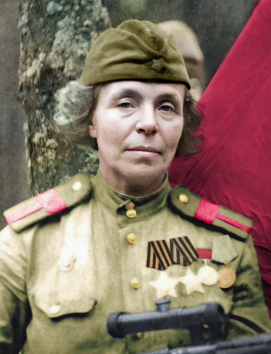 Nina Petrova: The Most Elderly Female Sniper in the Red Army During World War II