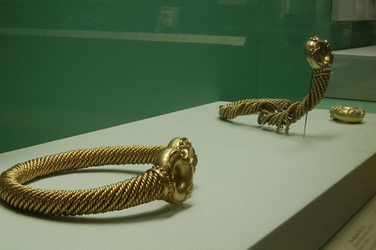 Torcs were usually worn around the neck or arm.