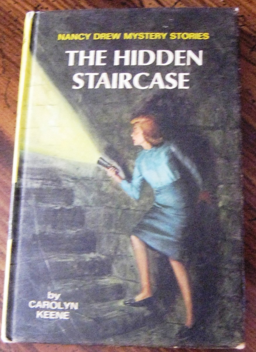 The Hidden Staircase: New York: Grosset & Dunlap, ©1930