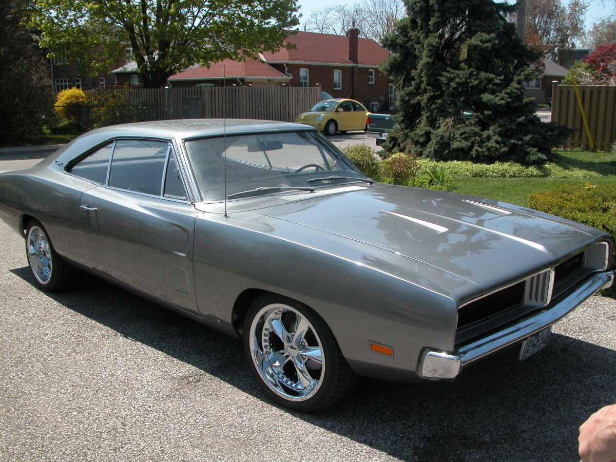 1969 Dodge Charger restoration - front/side view