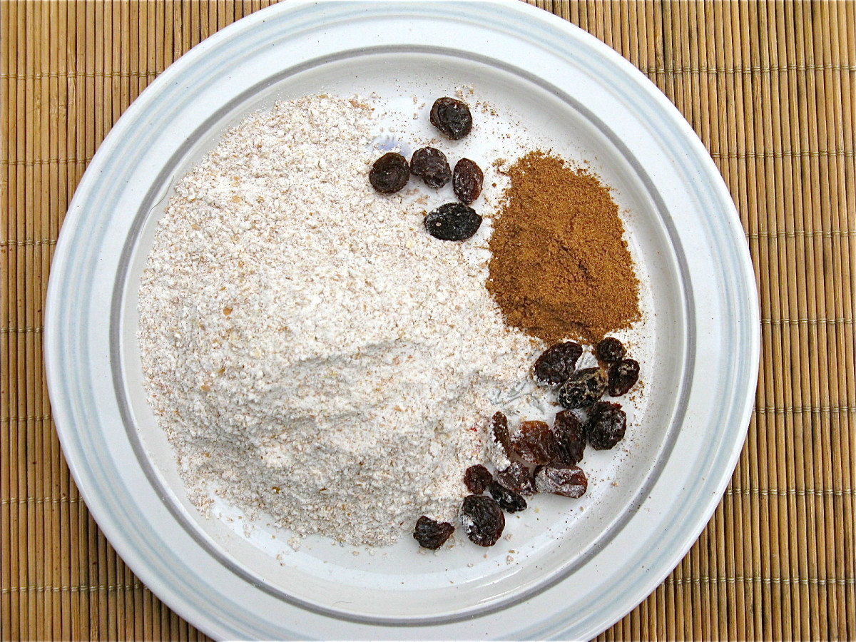 Whole wheat flour, pumpkin pie spice, and raisins