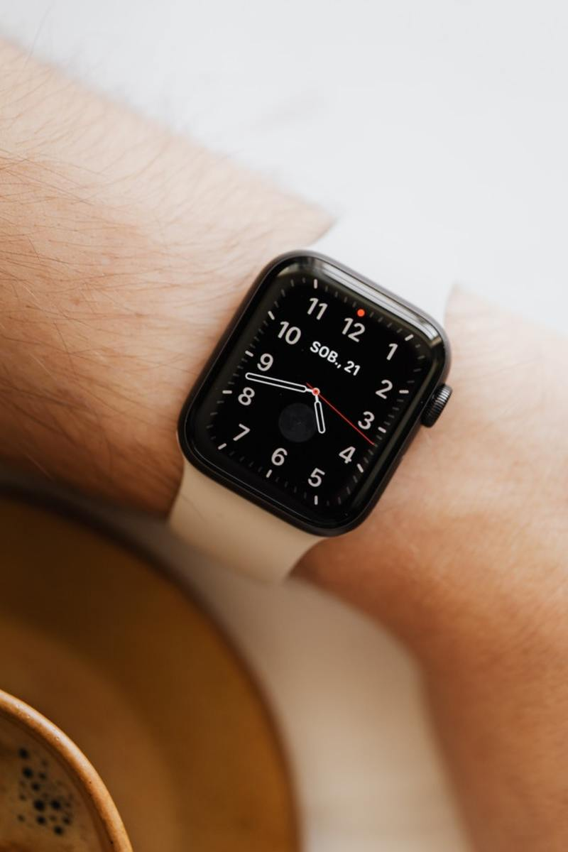 purchasing-a-new-watch-1