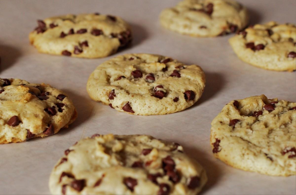 Vegan cream cheese chocolate chip cookies