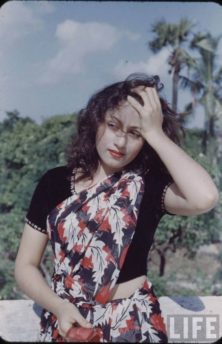 Madhubala was seen on the big screen in this fashion style decades ago.