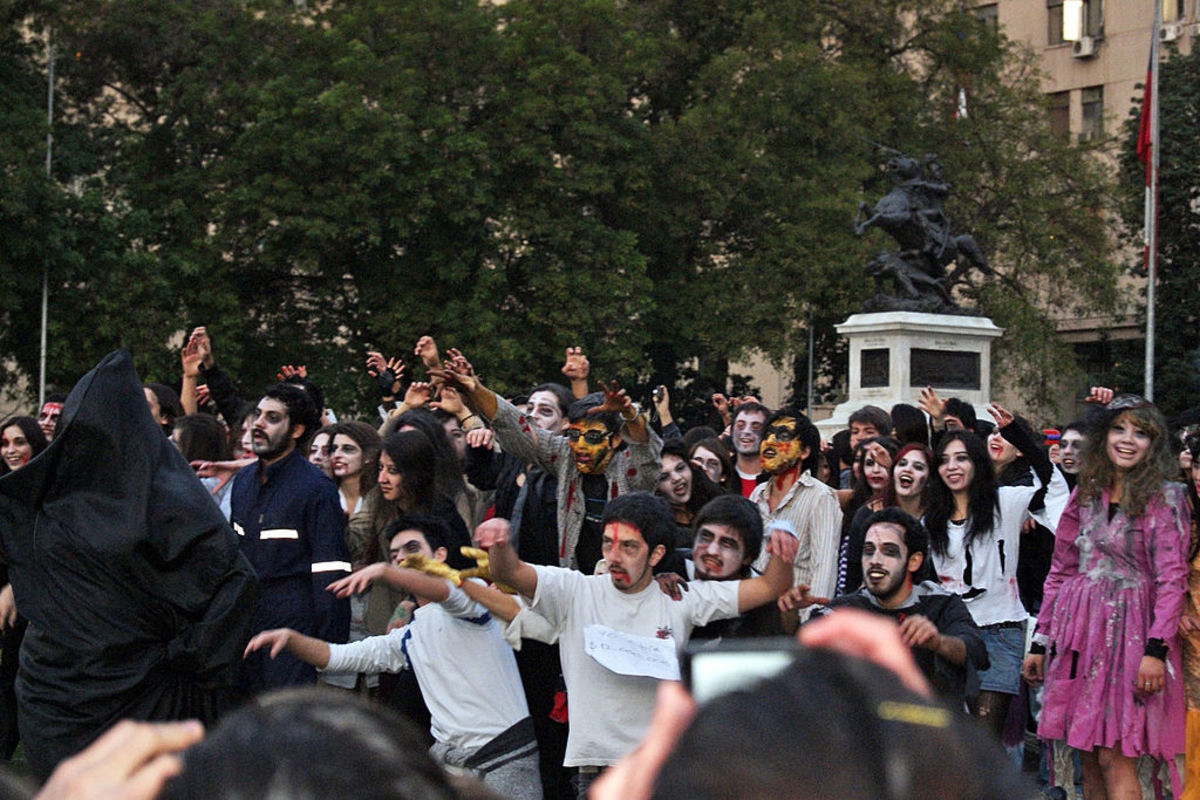 Halloween is a popular holiday for Flash Mobs.
