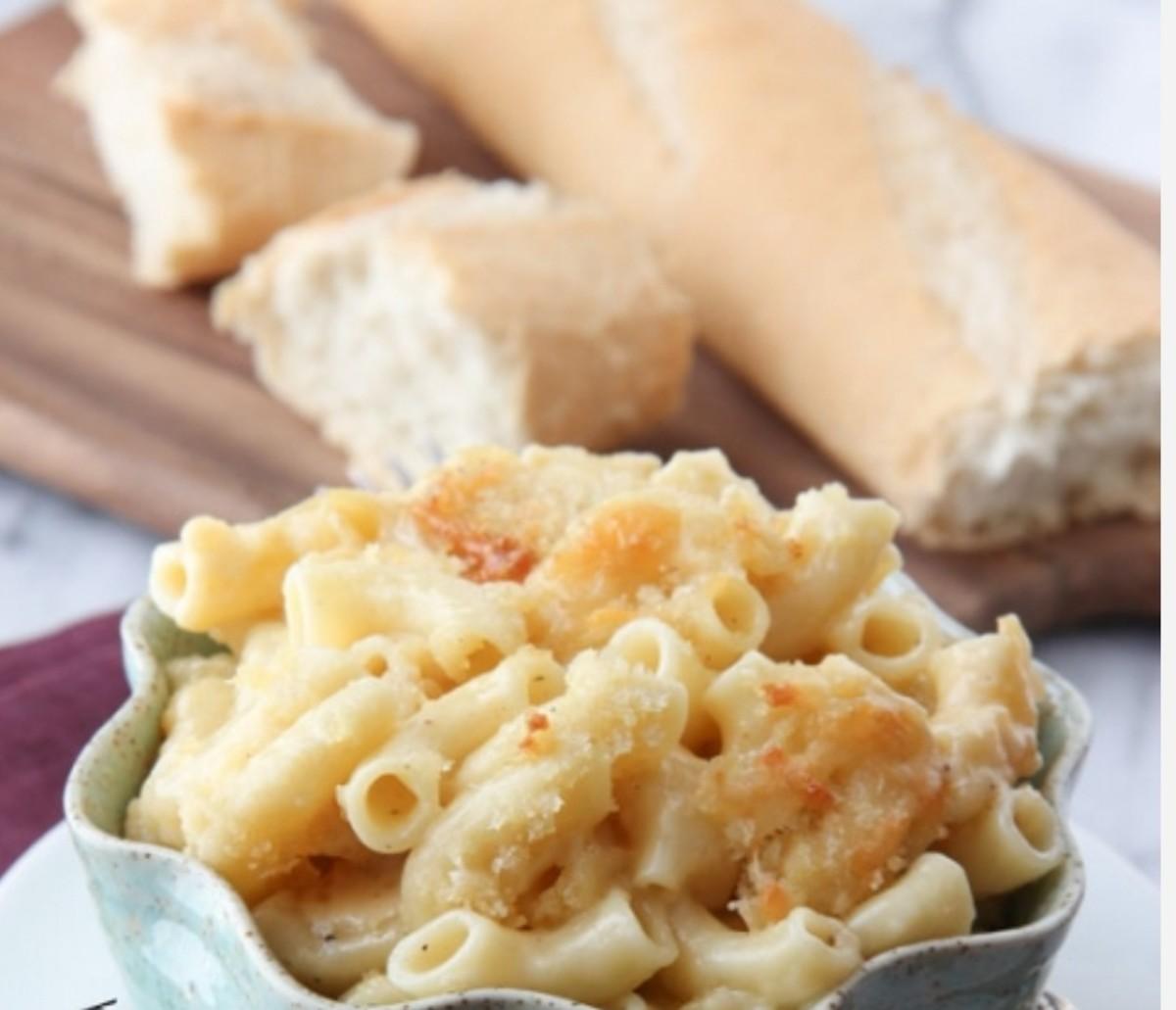 four-cheese-macaroni-pasta