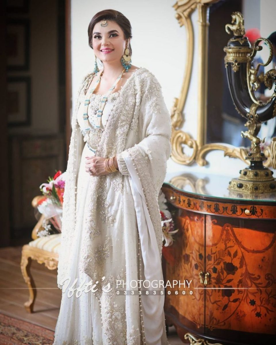 pakistans-top-11-most-stylish-and-fashionable-women-politicians