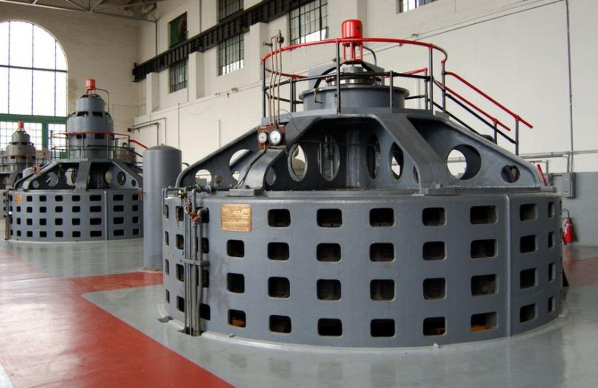 Hydro-electric generator.
