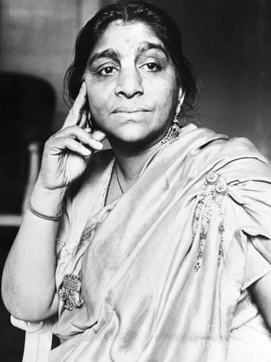 Great Indian Freedom Fighters, Influential Orators and Poetess is Sarojini Naidu.