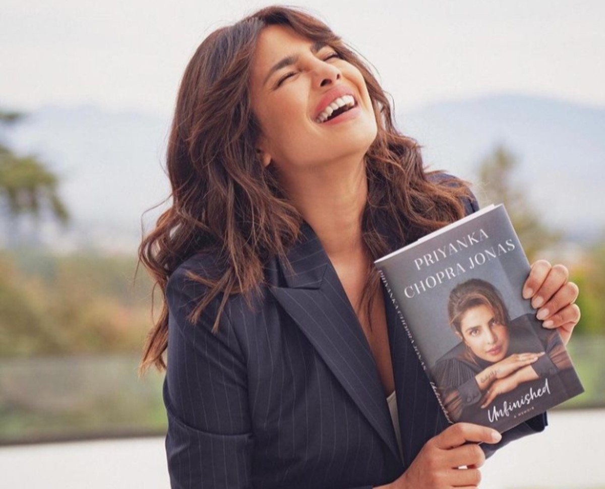 Book Review : Unfinished by Priyanka Chopra Jonas