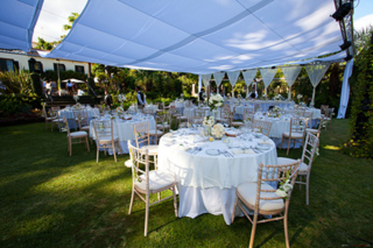 Outdoor Table Layout