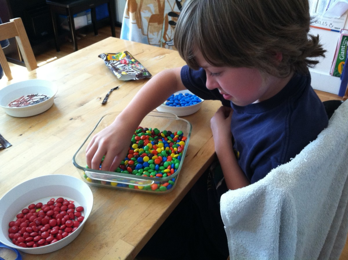 Have them sort out the red and blue M&M's so it's easier to decorate.