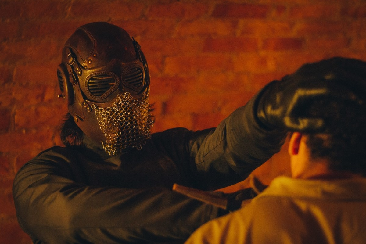 skull-the-mask-2021-review-empty-heart-removal-horror