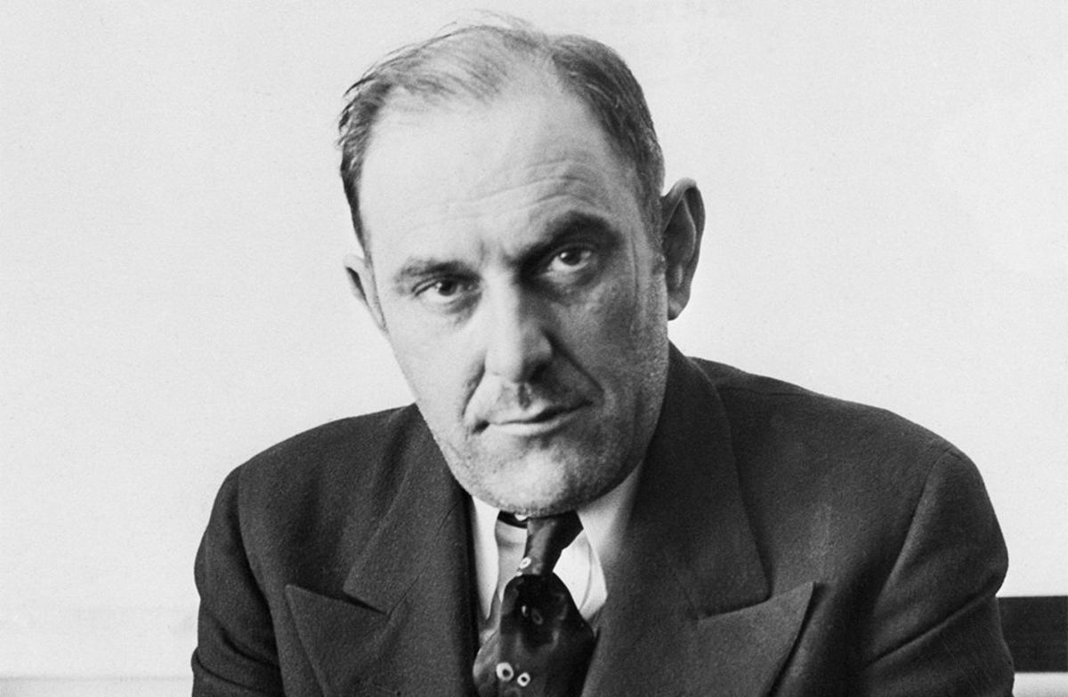 Victor Lustig Sold the Eiffel Tower