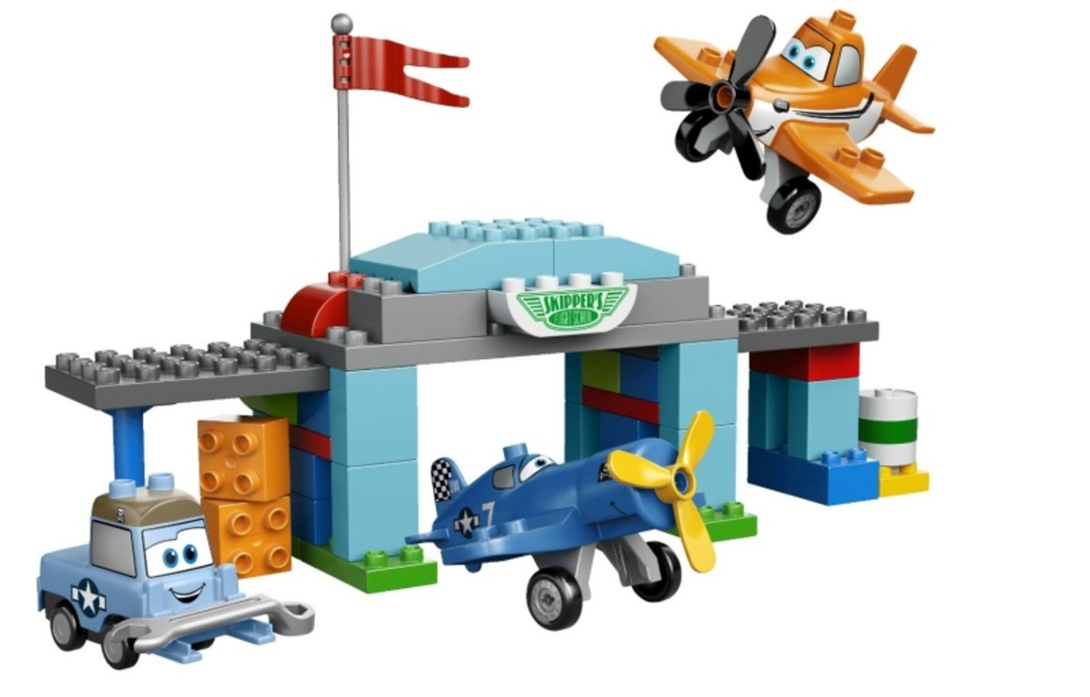 LEGO Duplo Disney Planes Skipper's Flight School