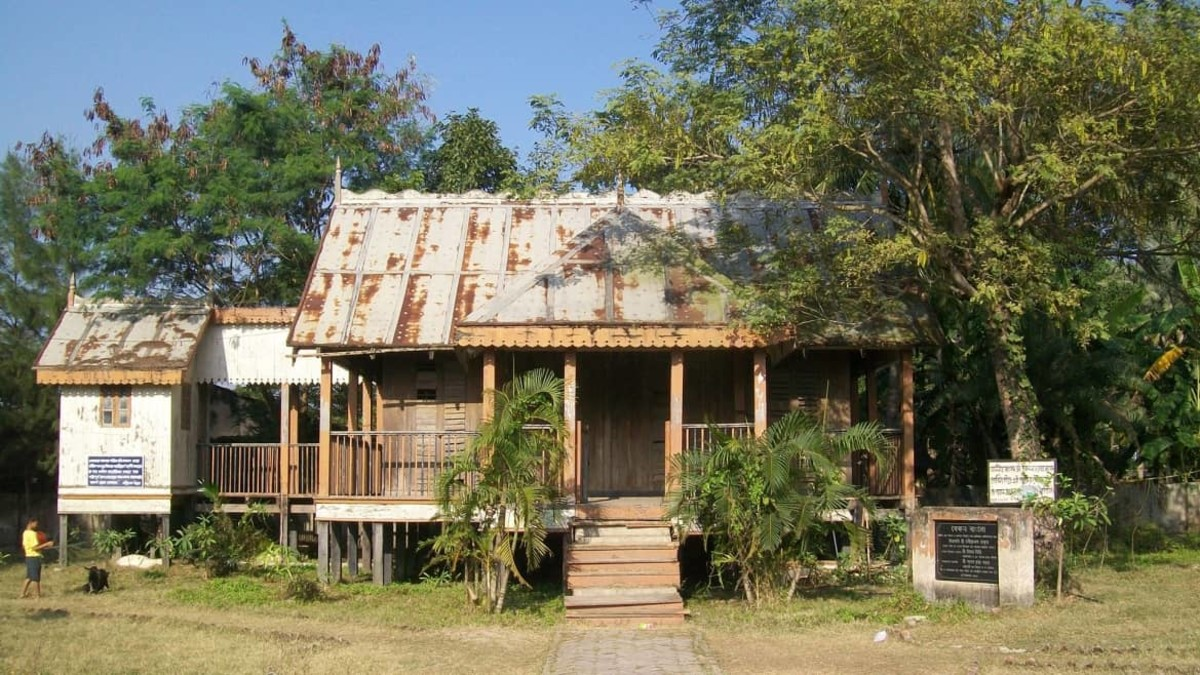 Sir Daniel Hamilton's bungalow in Gosaba where Rabinranath Tagore used stay during his visit.