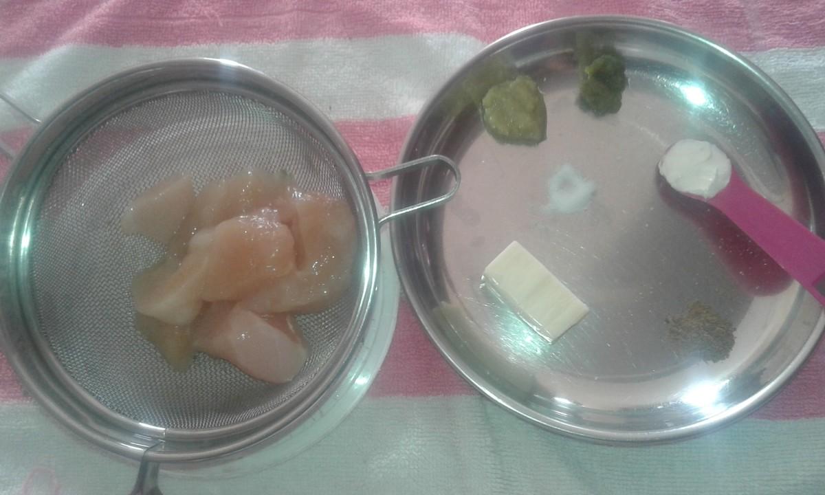 Other ingredients: Boneless chicken, ginger-garlic paste, green chilli paste, salt, garam masala powder, cheese and cream